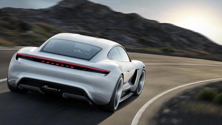 Porsche Mission E 001