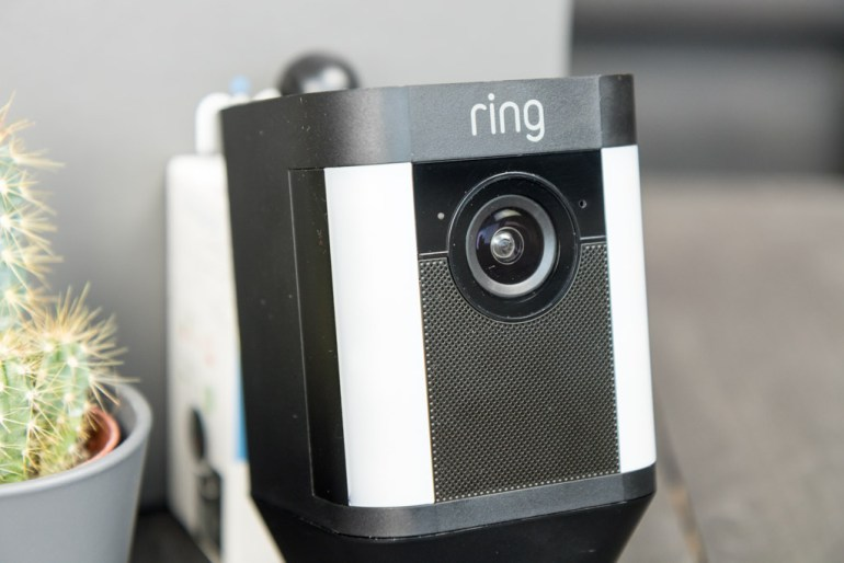 Ring Spotlight Cam tech365nl 006