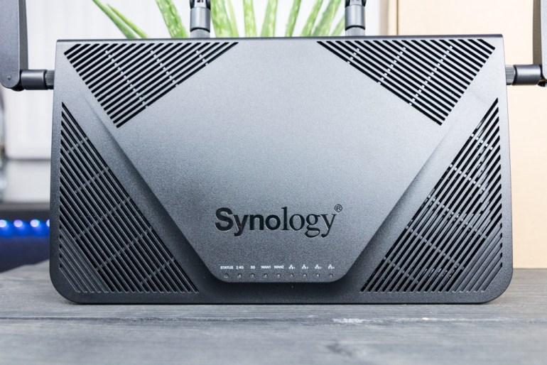 Synology RT2600ac MR2200ac tech365nl 002