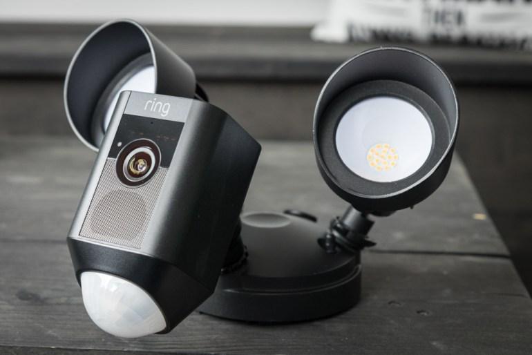 Ring Floodlight Cam tech365nl 008