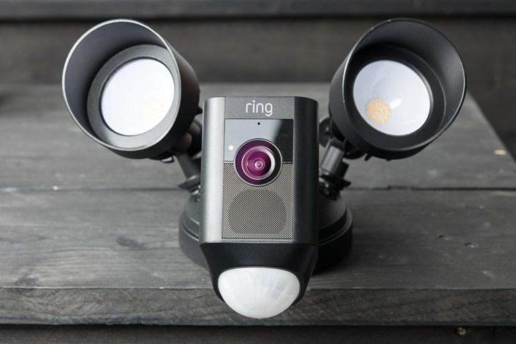 Ring Floodlight Cam tech365nl 100