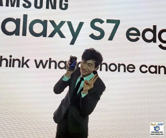 Lee Kwang-soo Launches Samsung Galaxy S7 edge To Great Fanfare