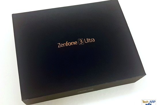 The ASUS ZenFone 3 Ultra box