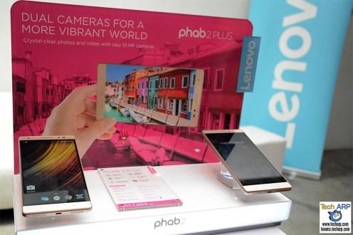 Lenovo Yoga Book & Phab 2 Smartphones Launched
