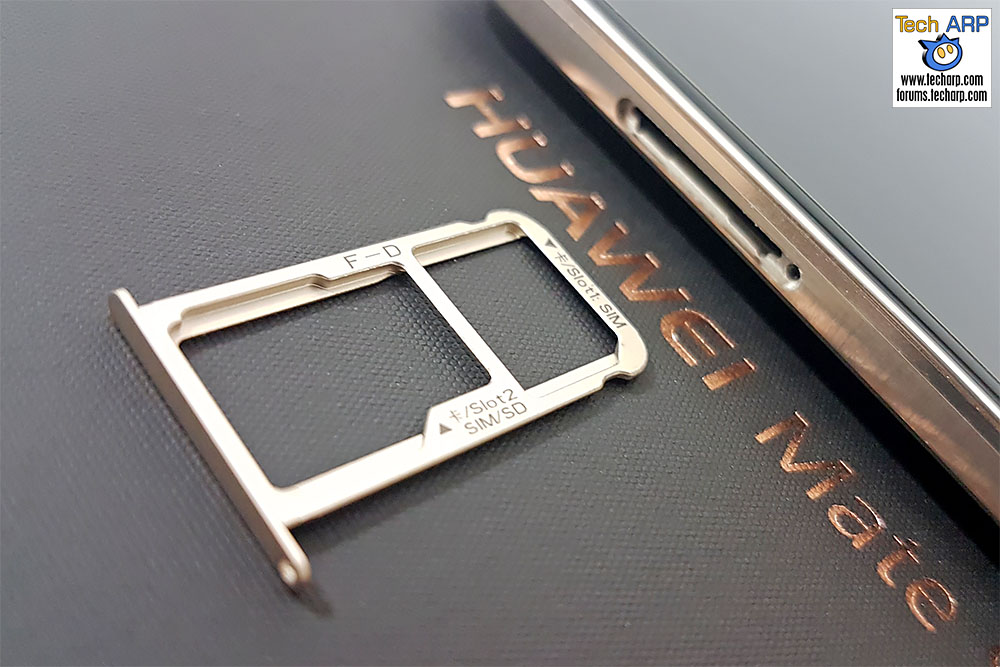 Huawei Mate 9 Hybrid SIM tray