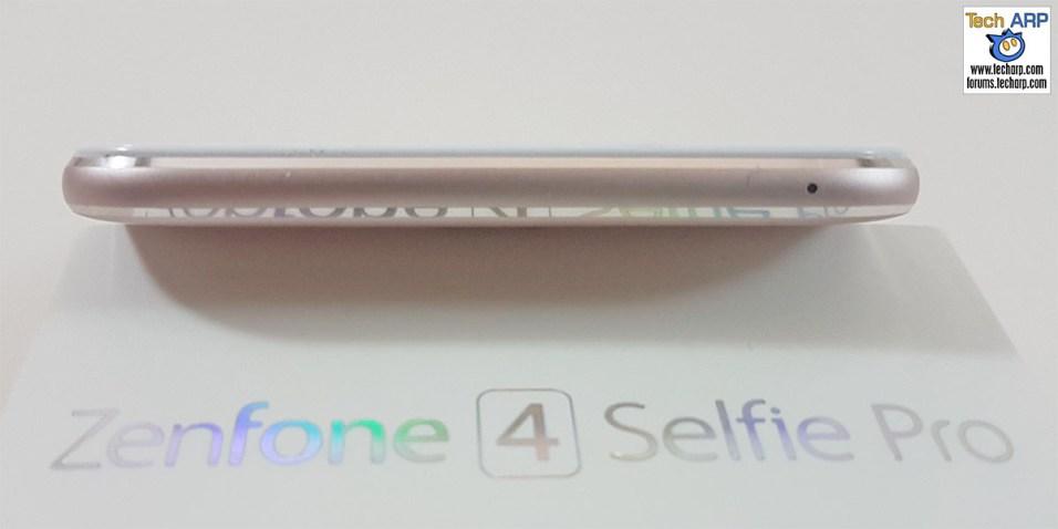 The ASUS ZenFone 4 Selfie Pro (ZD552KL) smartphone top