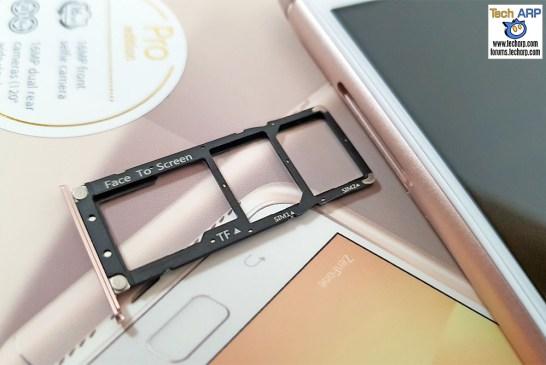 ASUS ZenFone 4 Max Pro SIM tray