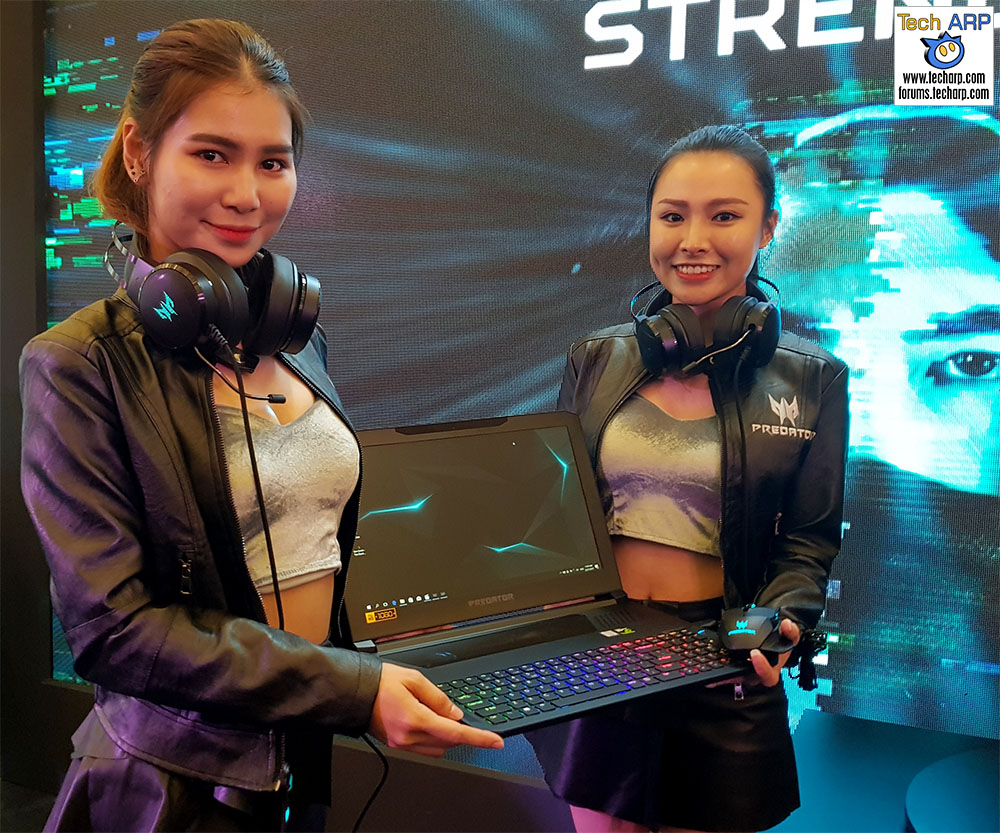 The Acer Predator Triton 700 Gaming Laptop Up Close!