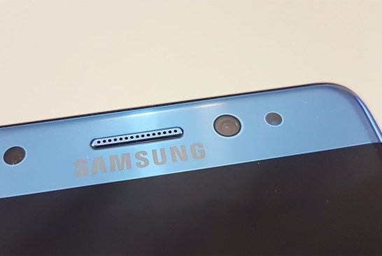The Samsung Galaxy Note FE Up Close - What An Incredible Bargain!