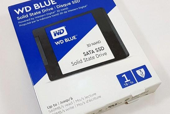 The 1TB WD Blue 3D SSD box