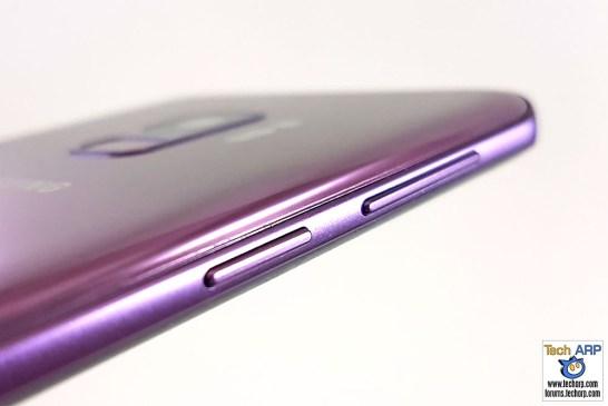 Samsung Galaxy S9 left side
