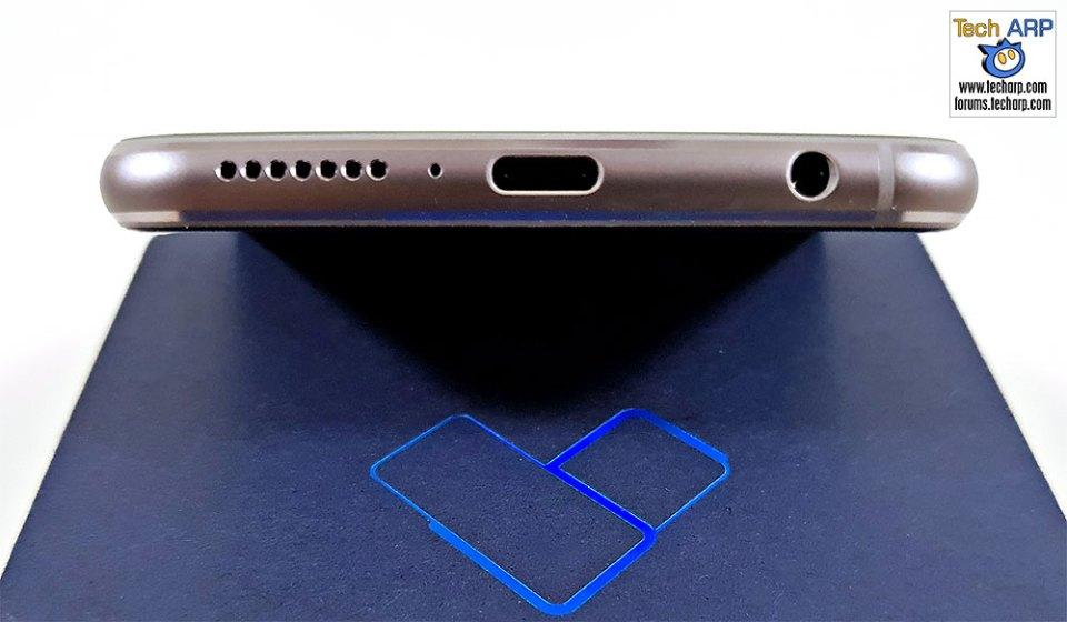 ASUS ZenFone 5 ZE620KL bottom