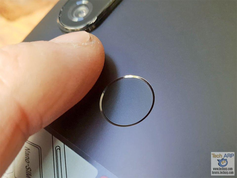 Xiaomi Mi A2 fingerprint sensor