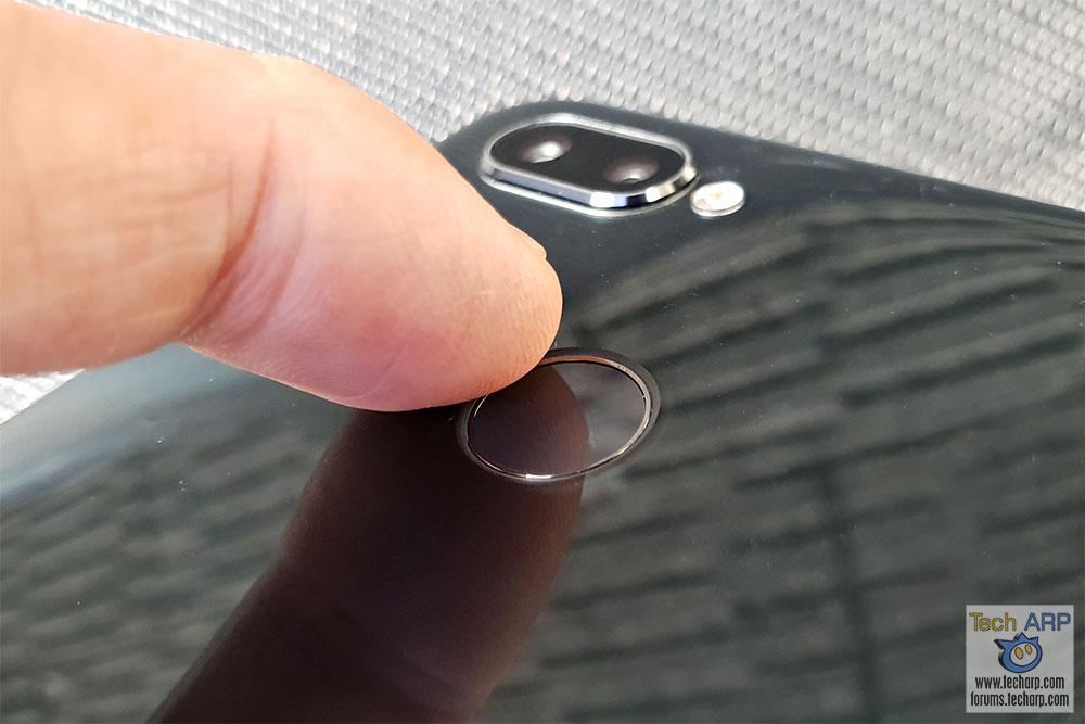 Realme 2 Pro fingerprint sensor