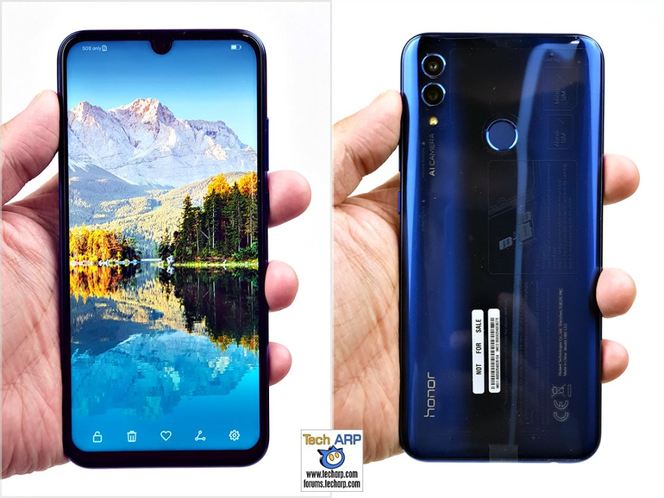 HONOR 10 Lite in hand