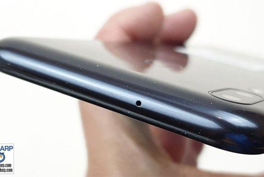 Samsung Galaxy M20 top