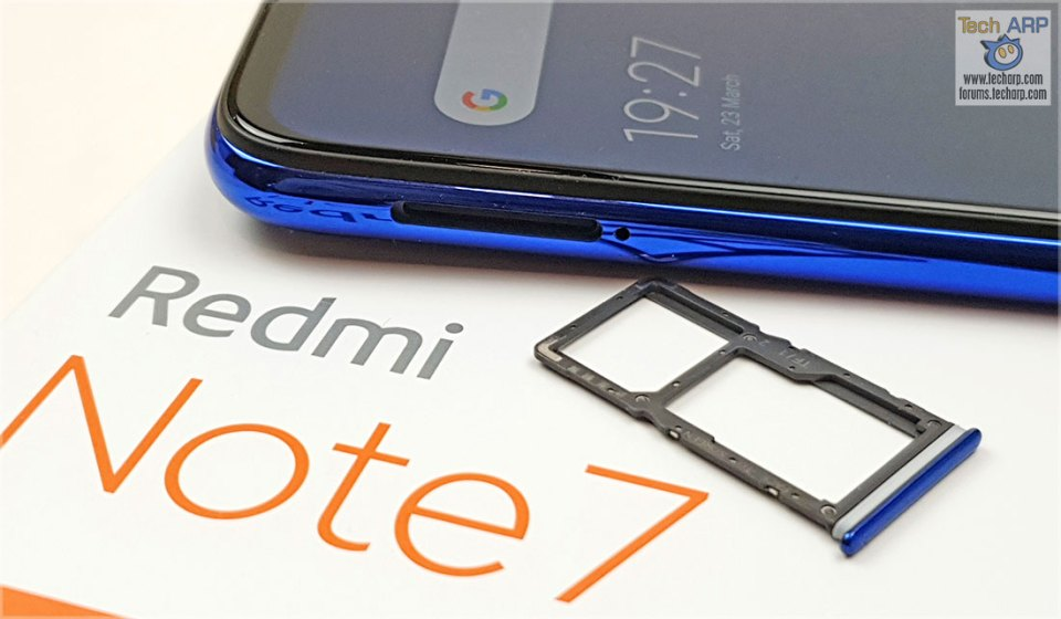 Xiaomi Redmi Note 7 SIM tray