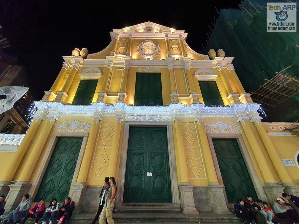 Samsung Galaxy Note 10+ : St Dominic's Church At Night!