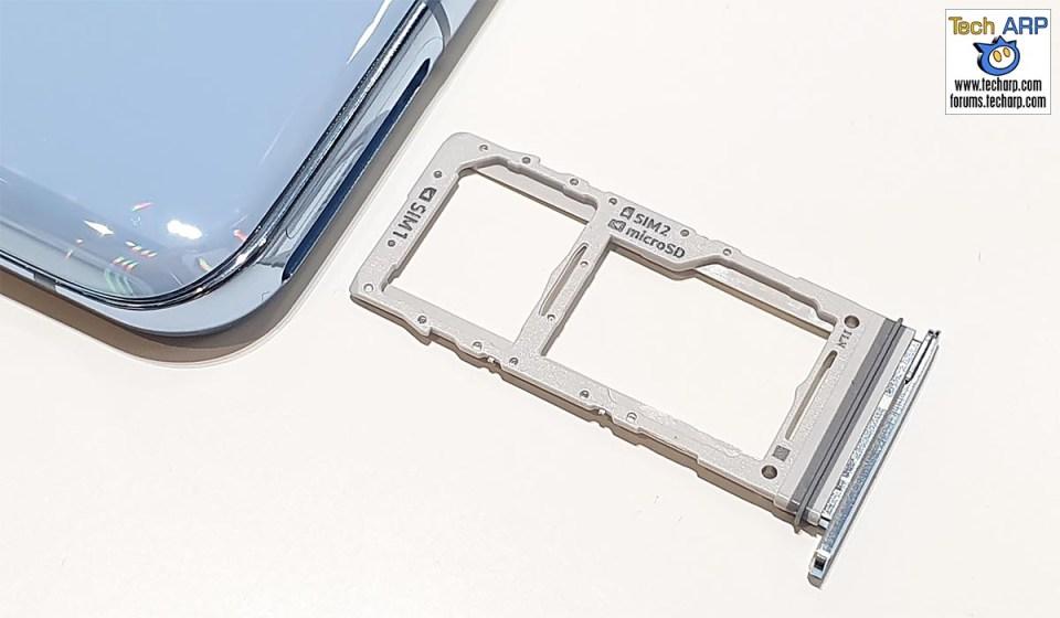 Samsung Galaxy S20 hybrid SIM tray