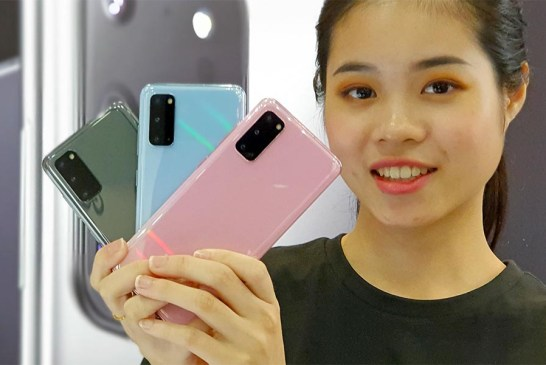 Samsung Galaxy S20 Hands-On Preview : All Three Colours!