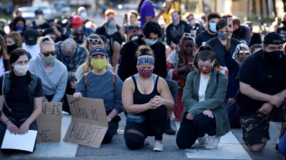 US Protestors Asking China For Help Original 02