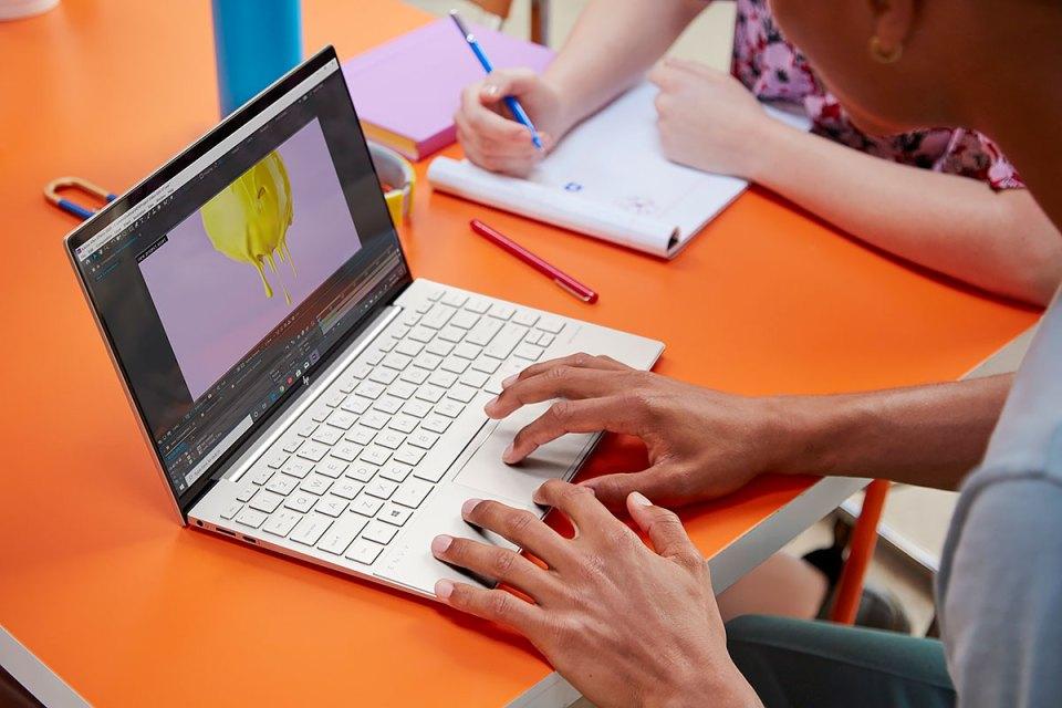 2020 HP ENVY 13 laptop