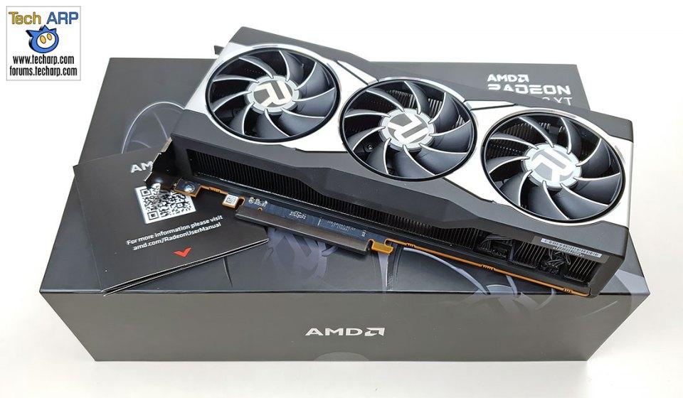 AMD Radeon RX 6800 XT unboxed