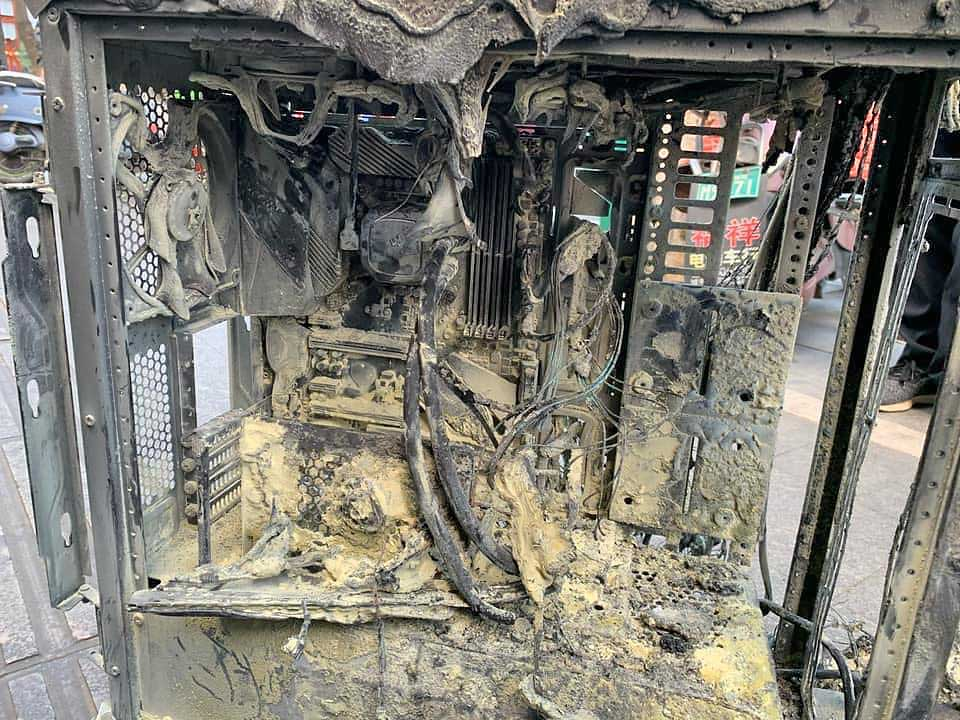 Gaming PC Catches Fire : Was It The RTX 3090 Or The PSU?