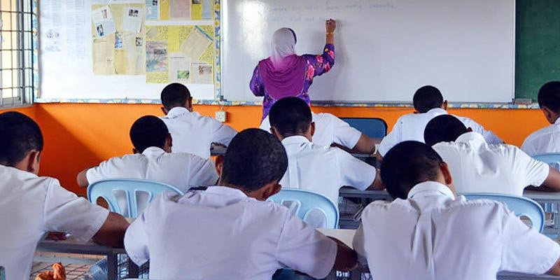 How Schools In New Phase 3 + 4 States Will Reopen!