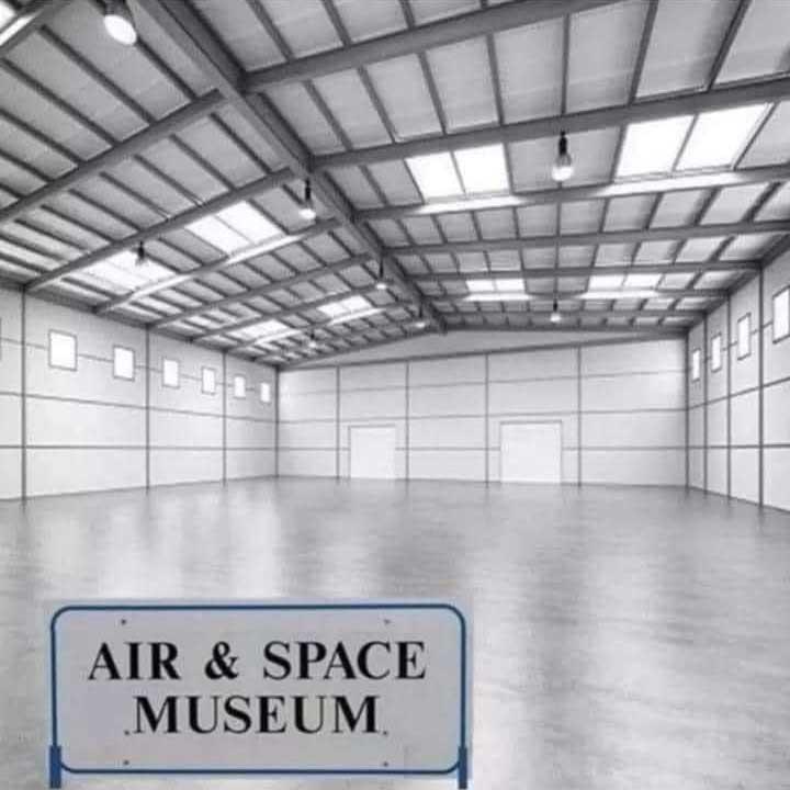 Karen Sues Air & Space Museum For False Advertising!