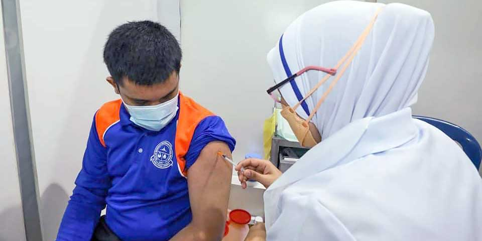 Walk-In Vaccination For Teenagers : What We Know So Far!