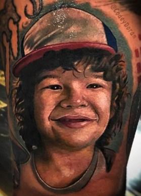 Codey Doran stranger things geek peau best of tattoo