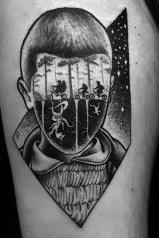 Luca Cece stranger things geek peau best of tattoo