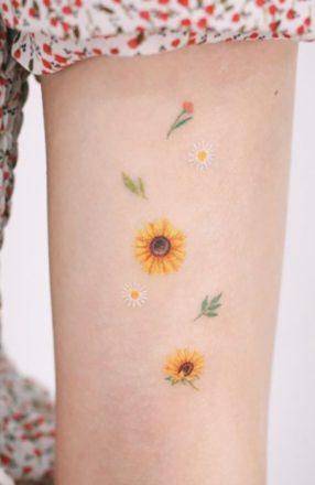 Sunflower tattoos ideas for women (22)