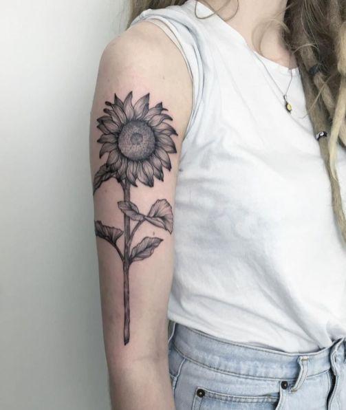 Sunflower tattoos ideas for women (29)
