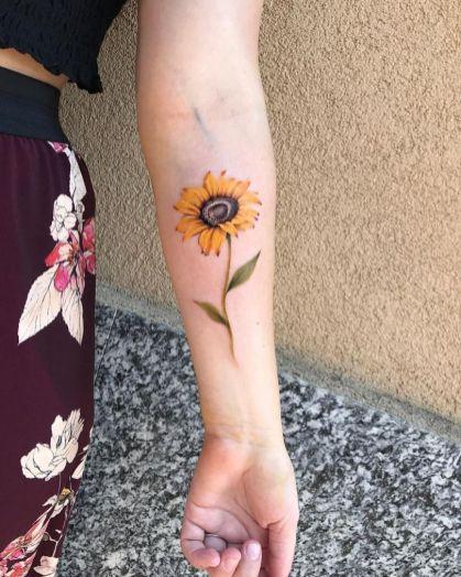 Sunflower tattoos ideas for women (43)