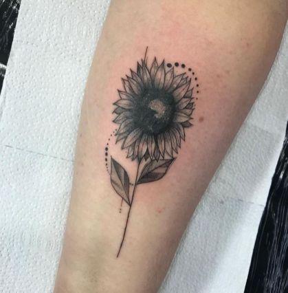 Sunflower tattoos ideas for women (54)
