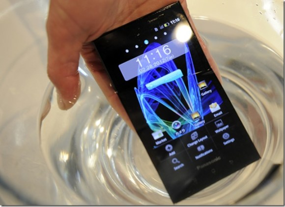 Panasonic mostra smartphone à prova d'água na Europa, Panasonic, Smartphones, Android, Lançamentos