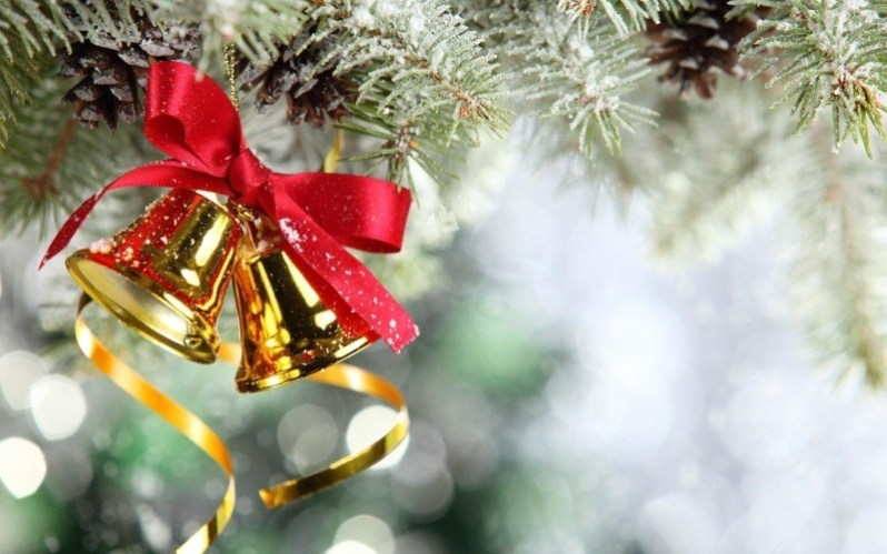 Christmas Bells with Ribbon