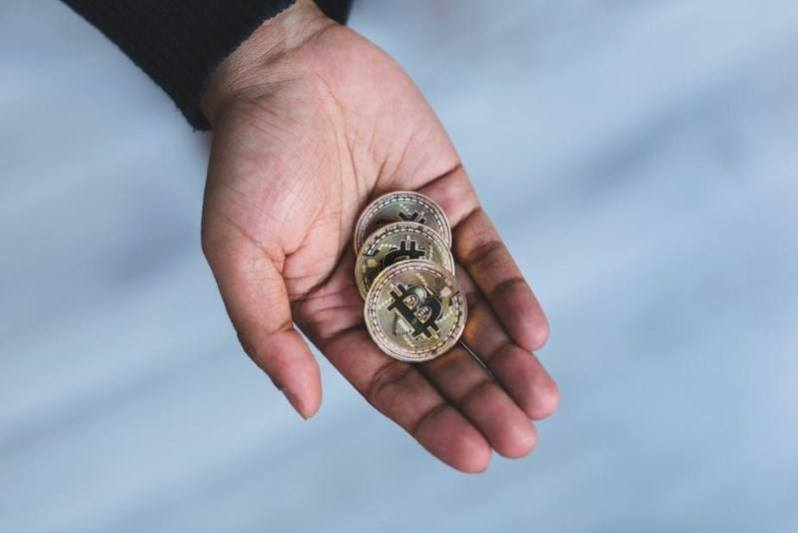 25 handful of bitcoin cryptocurrency