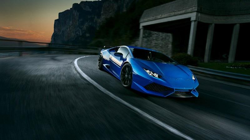 Blue Lamborghini Huracan Car Wallpaper