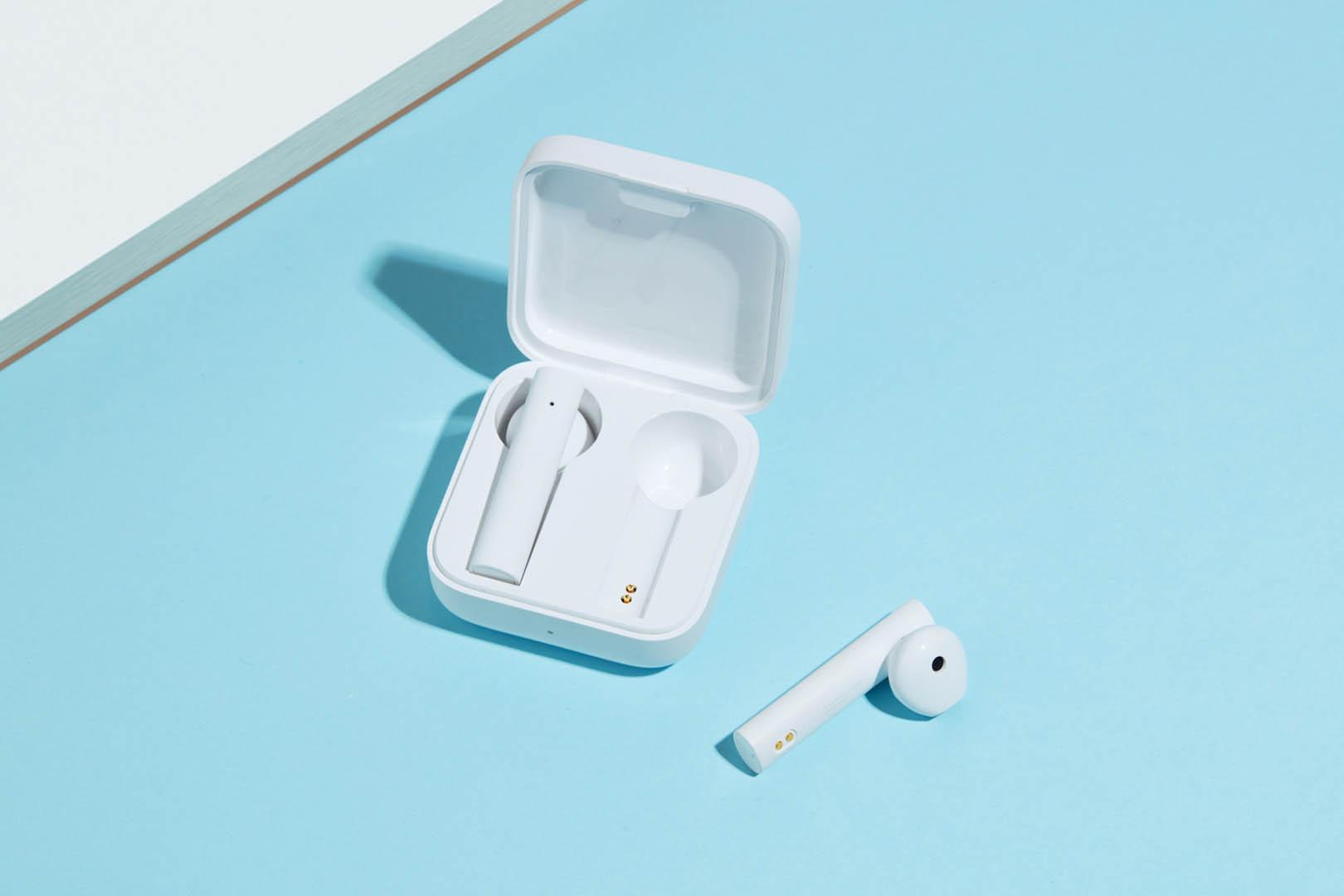 Mi True Wireless Earphones 2 Basic ufficiali, con cancellazione del rumore e durata fino a 20 ore 4
