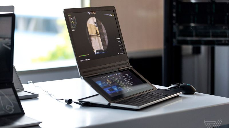 The Evolution of Laptops from Heavyweight Laptops to Lightweight Ones