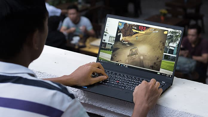 How to keep my laptop cool while gaming
