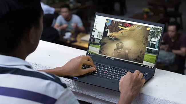 laptop cool while gaming
