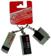 retro-nintendo-keychain.jpg