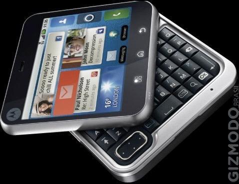 Motorola flipout.jpg