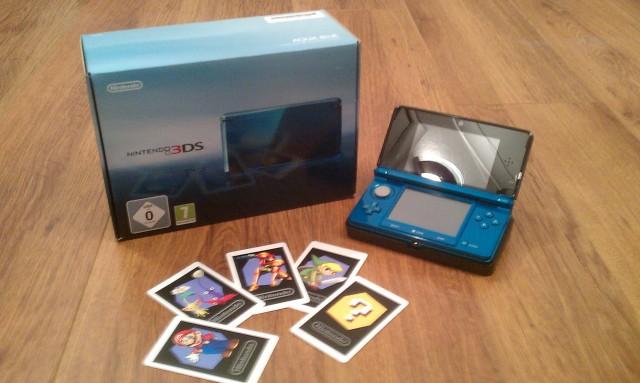 Nintendo 3DS 01.jpg