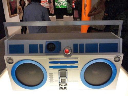 R2-D2-Boom-Box.jpg