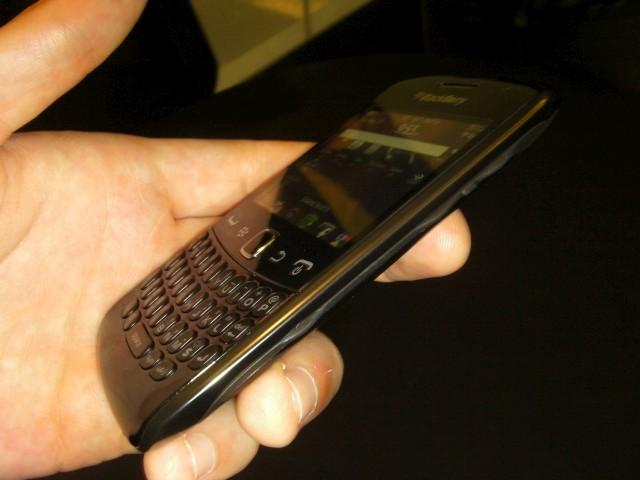 Bla]ckBerry Curve 9360